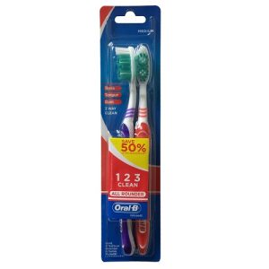 Oral-B Toothbrushes 2pk All Rounder
